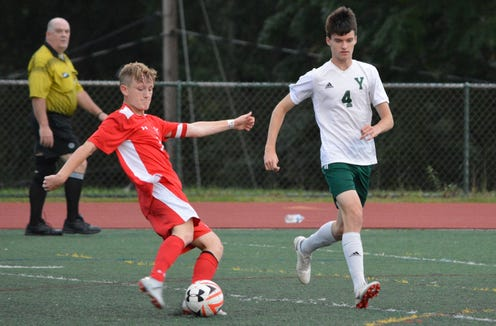 Tappan Zee forward Ciaran Shalvey (7) scored a pair of goals Thursday, Sept. 13, 2018 to lead the Dutchmen to their fourth straight win to start the season.