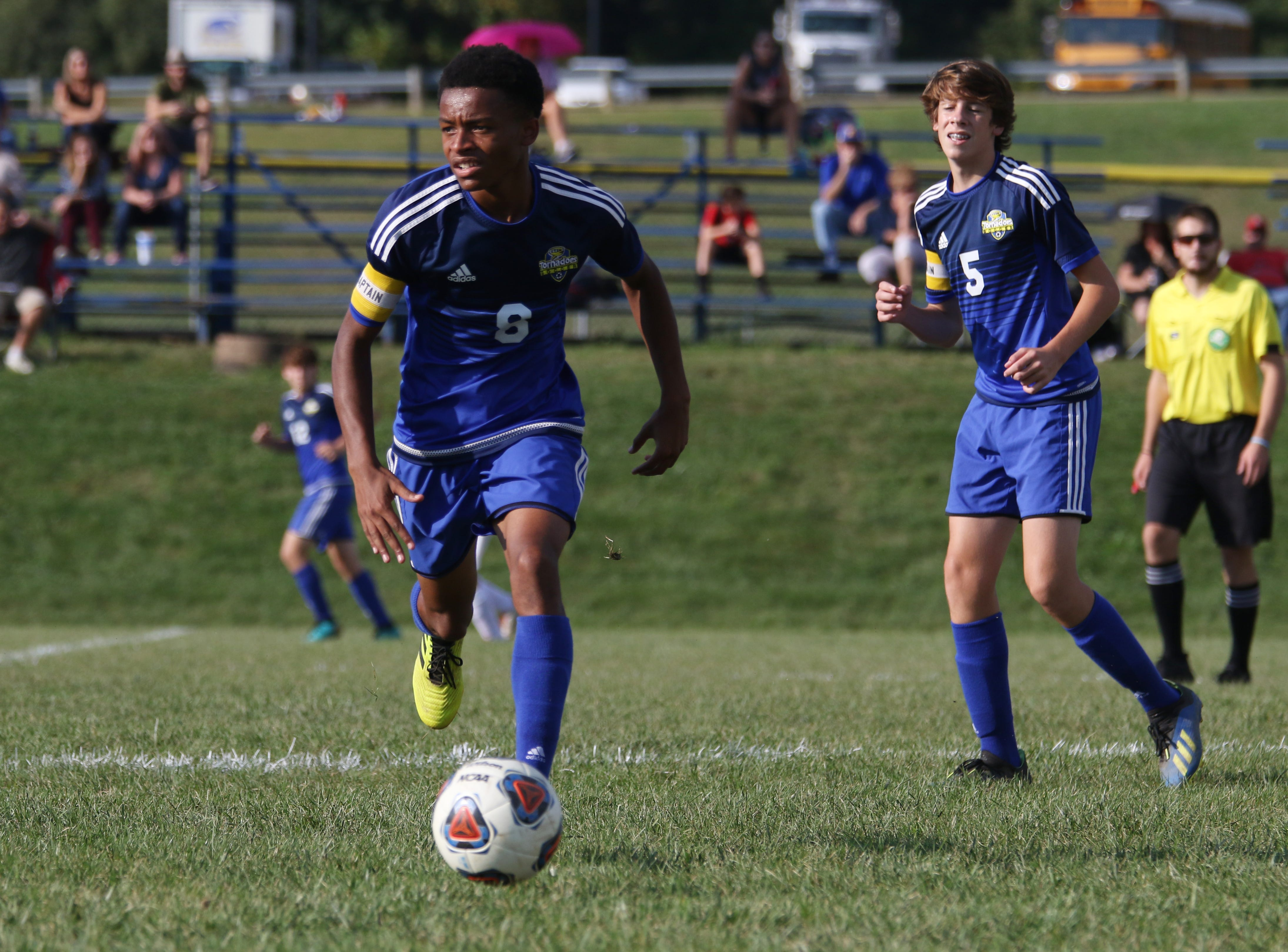 West Muskingum's Kaleb Ihlenfeld moves with the ball against Sheridan.