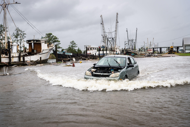Slow-moving Hurricane Florence makes landfall in North Carolina