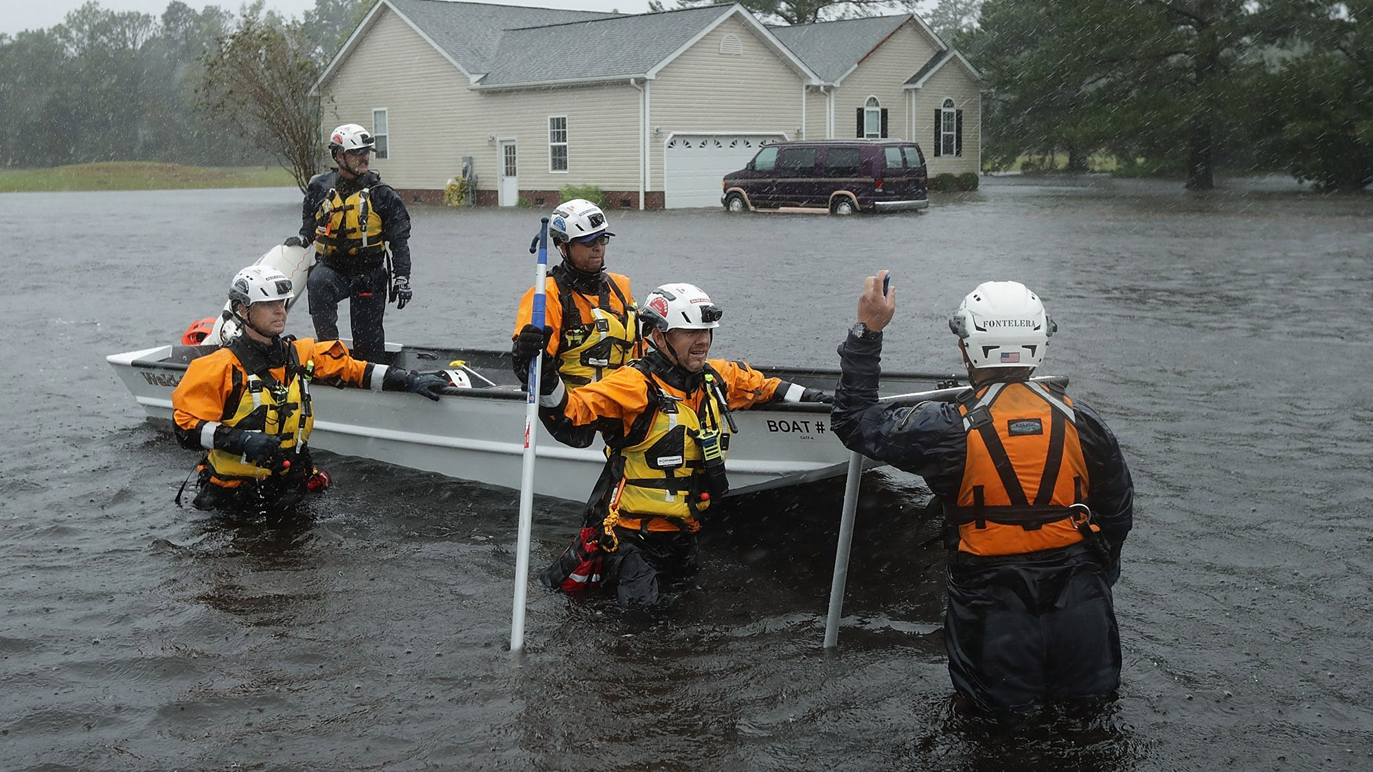 Hurricane Florence About 100 Await Rescue In New Bern