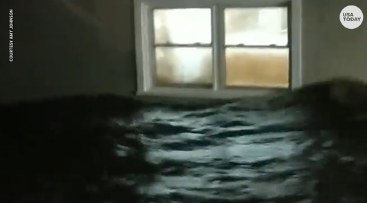 Hurricane Florence brings flood waters to home windows in Belhaven, NC