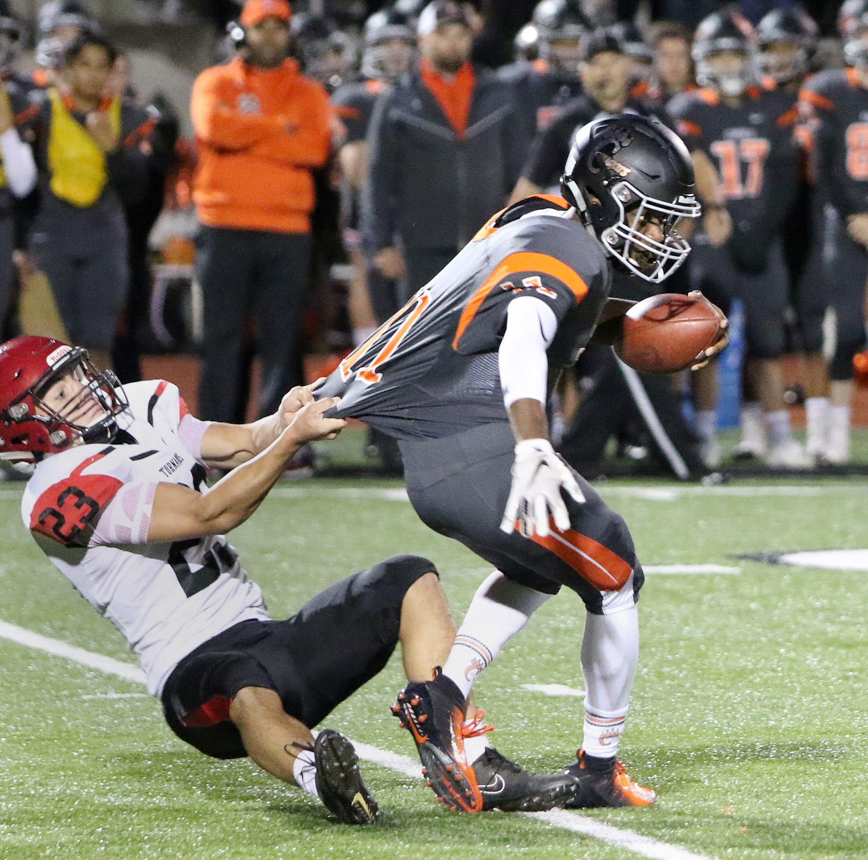 McGee runs for two TDs, throws for two more in Central Kitsap's win