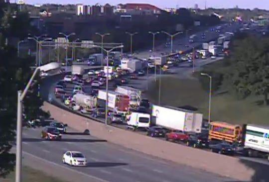 Traffic on northbound Interstate 71/75.