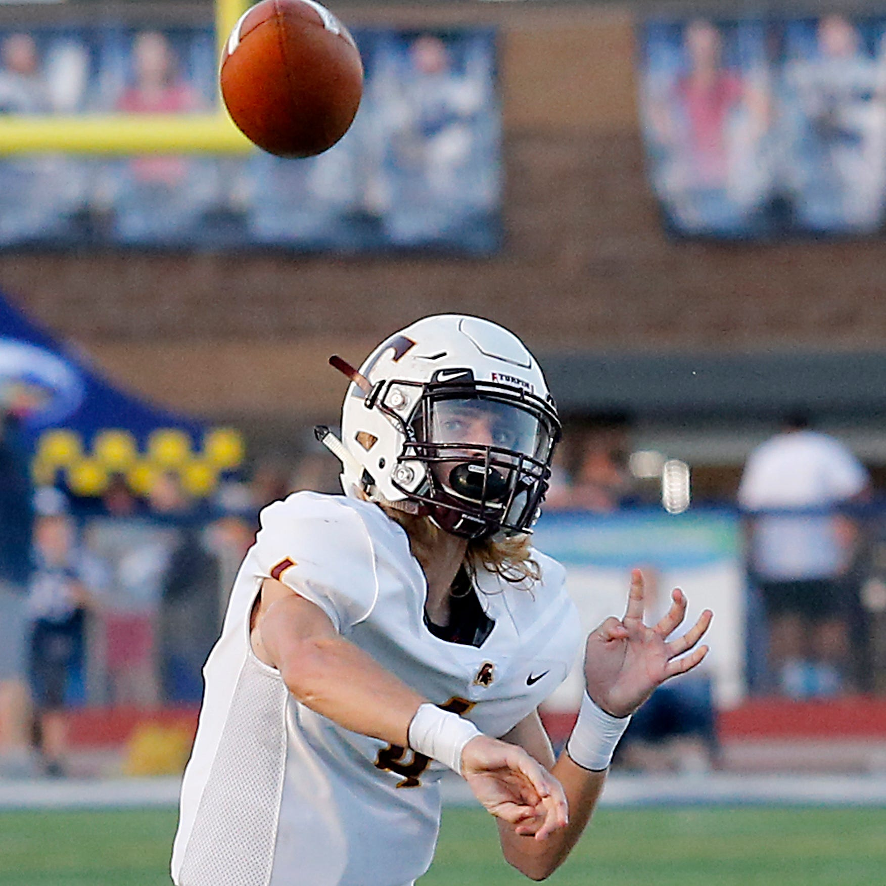 High school football: Turpin beats West Clermont, 19-16