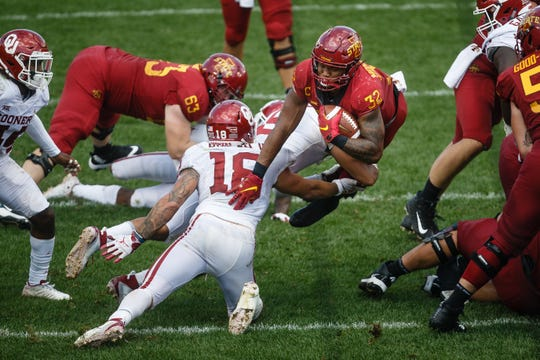 Iowa State's David Montgomery (32) dives into the end zone during their football game against Oklahoma at Jack Trice Stadium on Saturday, Sept. 15, 2018 in Ames. Oklahoma would go on to win 37-27.