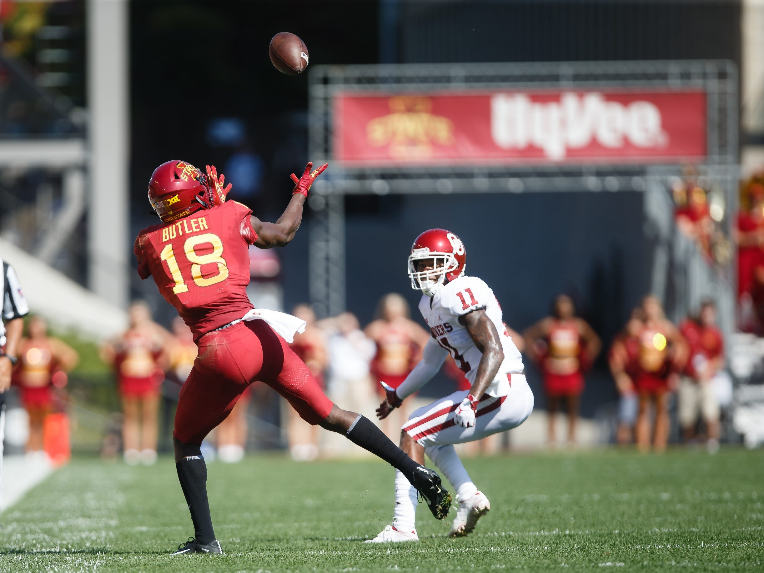 Iowa State's Hakeem Butler (18) bobbles a pass during their football game against Oklahoma at Jack Trice Stadium on Saturday, Sept. 15, 2018 in Ames. Oklahoma would go on to win 37-27.