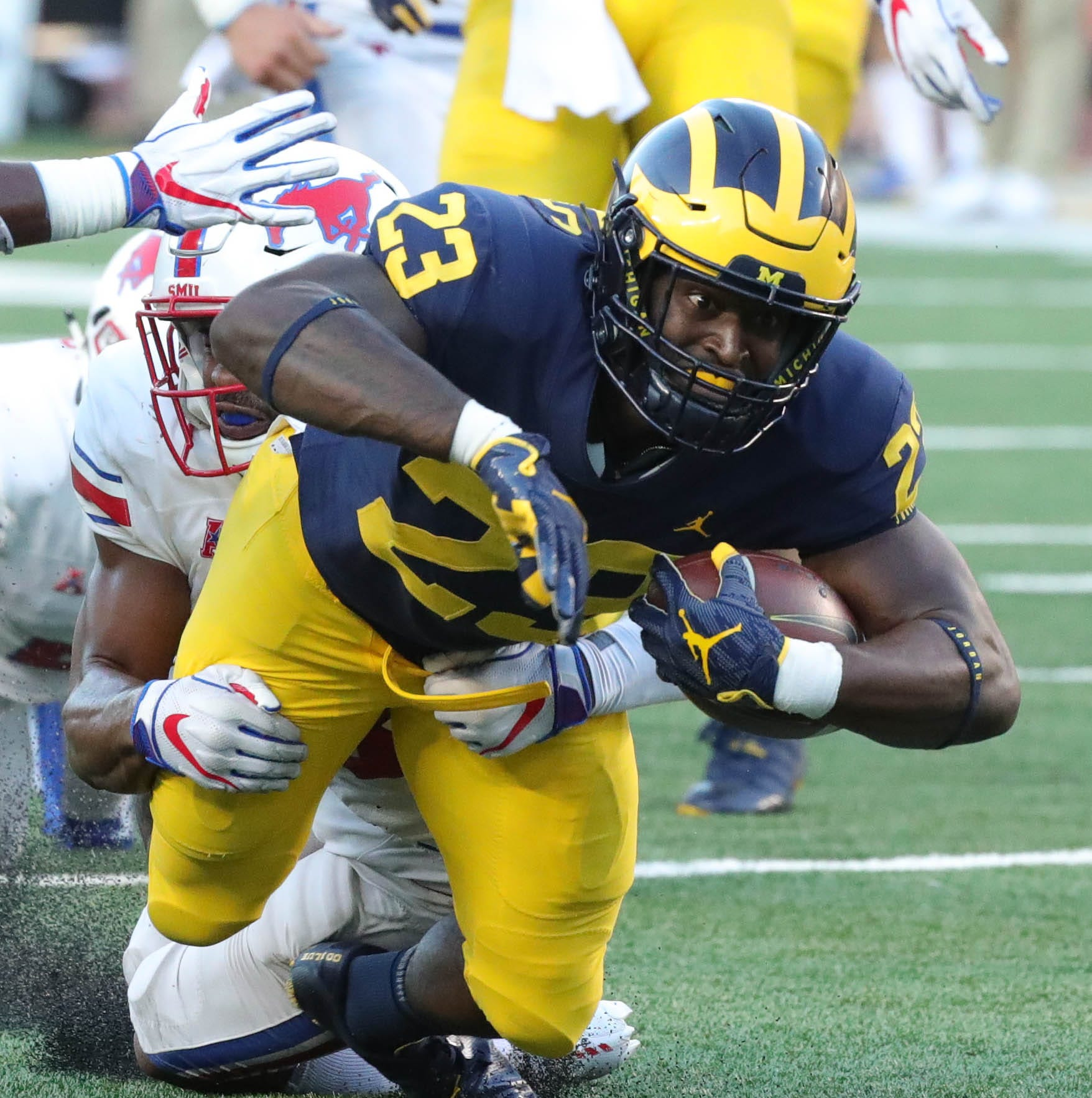 Michigan football dismisses running back O'Maury Samuels