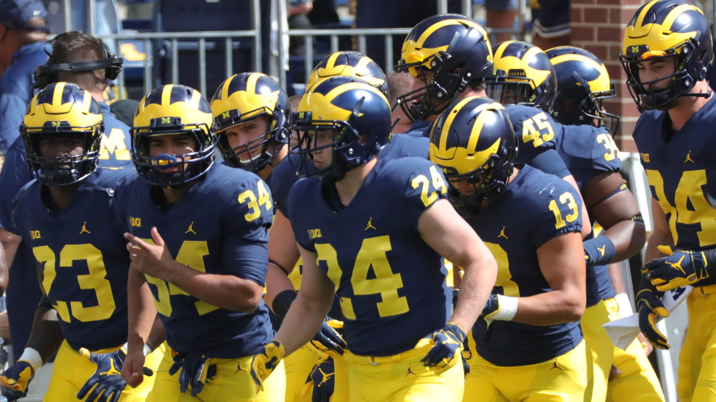 How To Watch Michigan Nebraska Football What Is The Game Time Tv