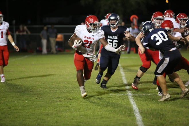 LaBelle traveled to the Storm Complex in Cape Coral to face Oasis and rallied for a 34-33 victory Friday night.