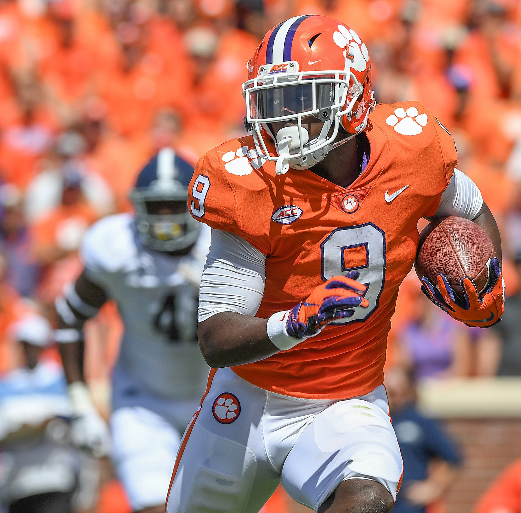 Clemson wanted to get its ground game going; Travis Etienne showed why vs Georgia Southern