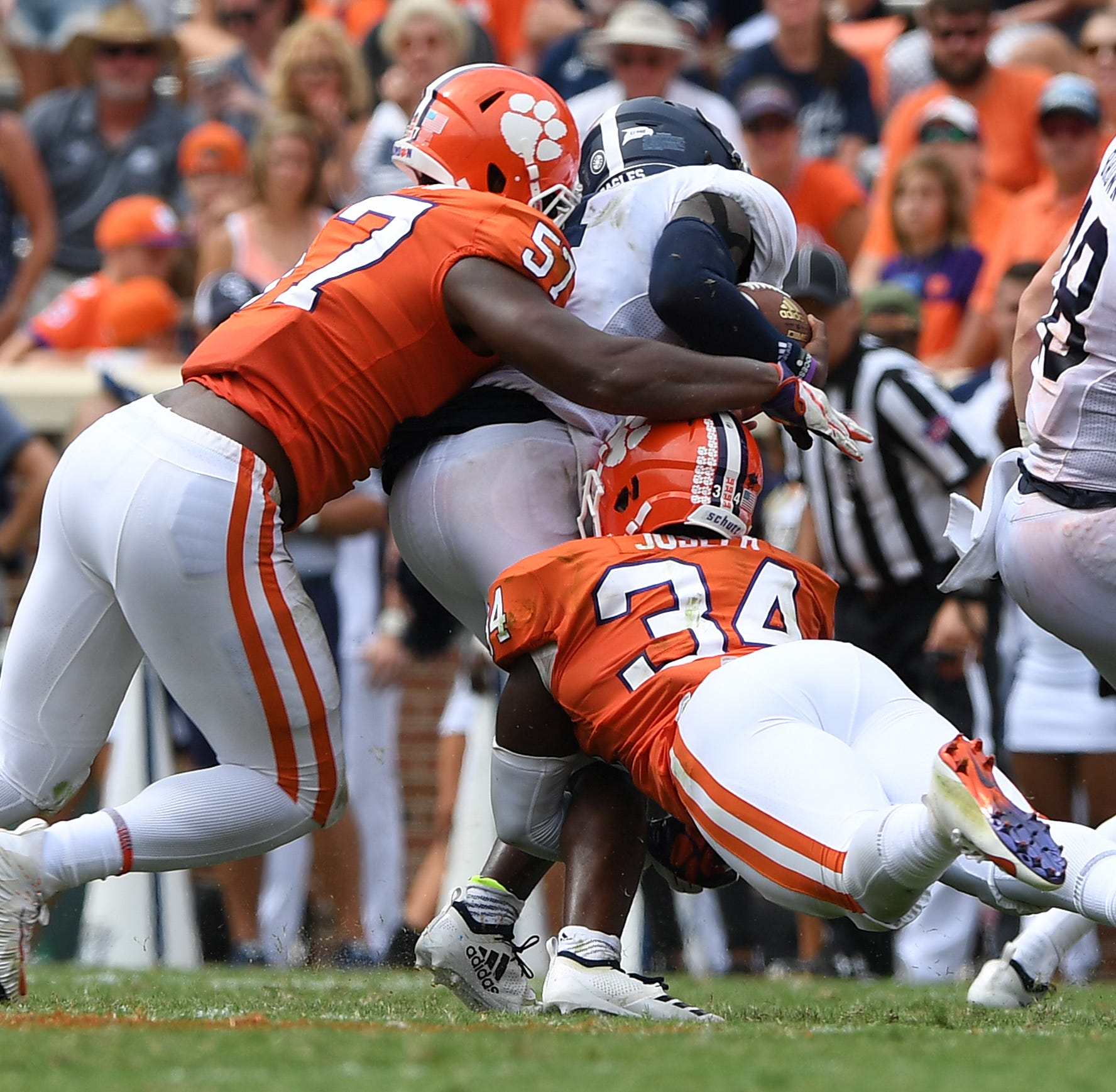 Clemson football to play without starting linebacker at Georgia Tech