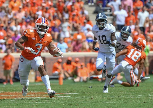 Clemson wide receiver Amari Rodgers (3) carries against Georgia Southern during the 2nd quarter Saturday, September 15, 2018, at Clemson's Memorial Stadium.