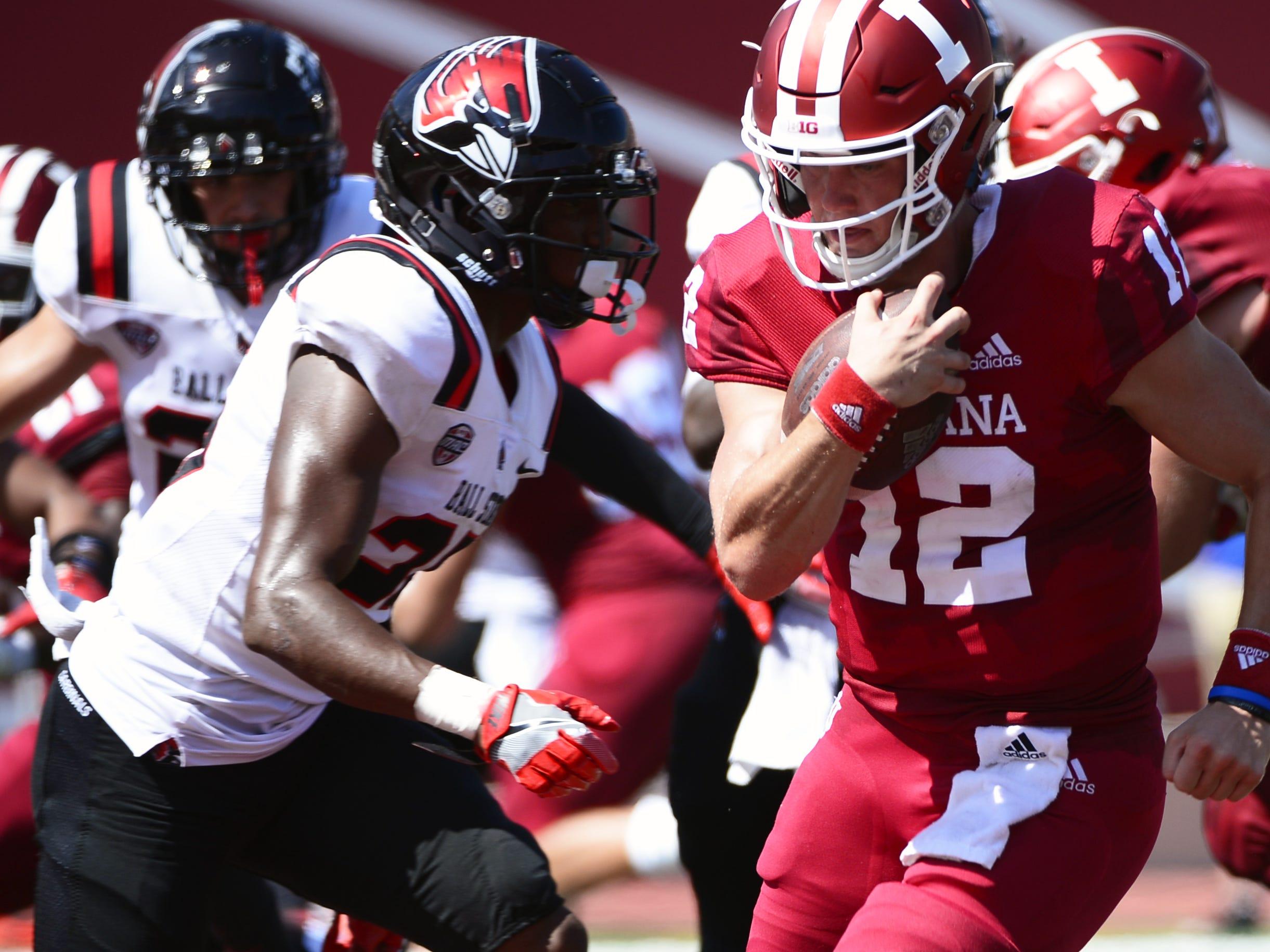 Hoosiers QB Peyton Ramsey (12) runs for a touchdown against Ball State on Saturday.