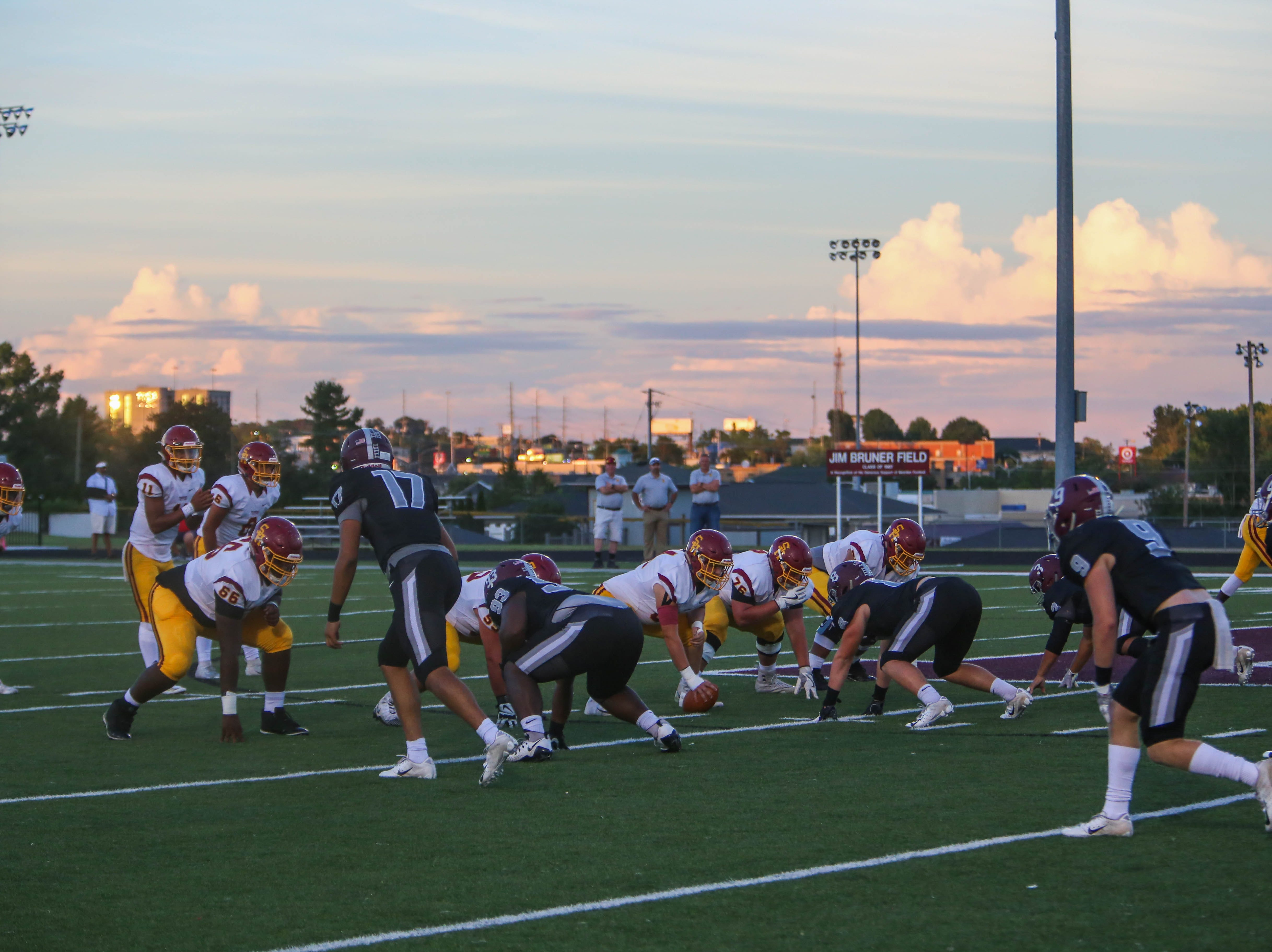 Bearden and Science Hill compete during the first quarter of 7the Bearden versus Science Hill high school football game Friday September 14, 2018.