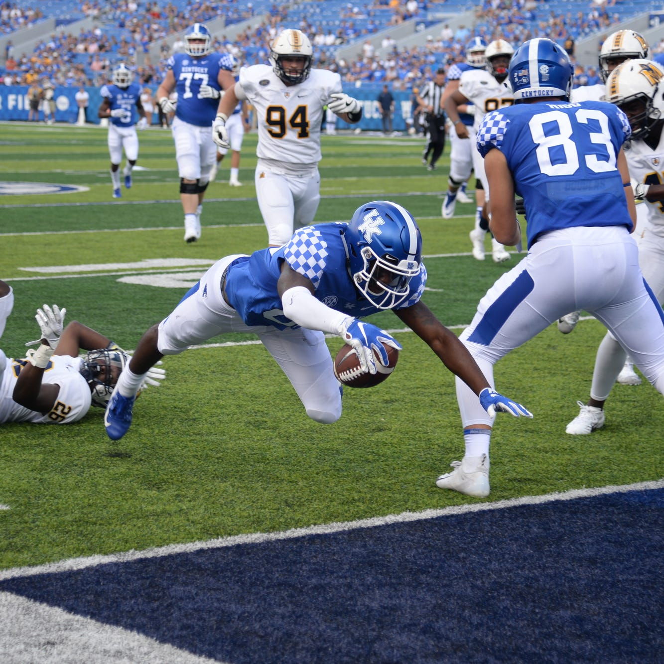 Instead of junior college, Allen Dailey is catching touchdowns for UK