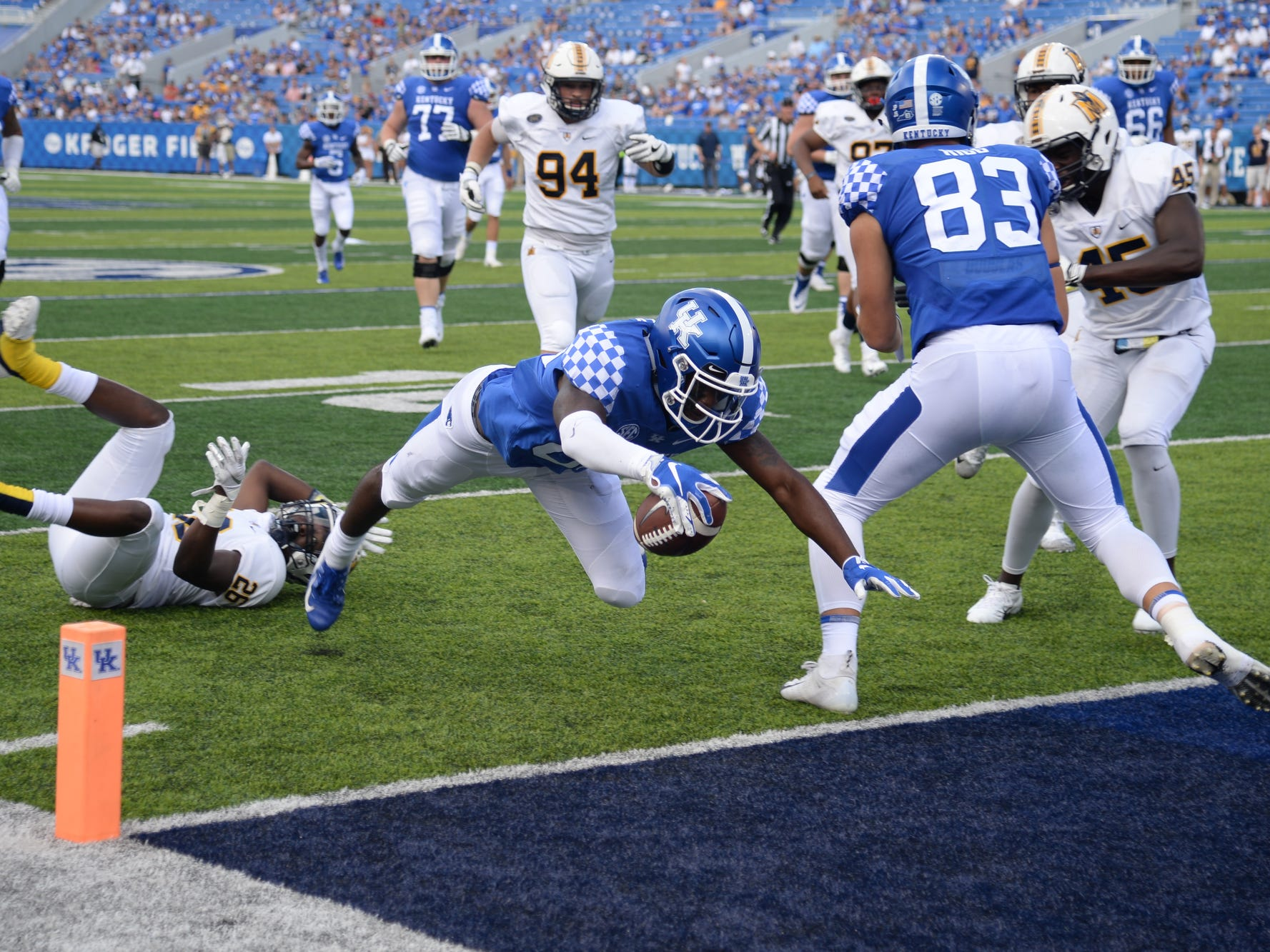 UK wide receiver Allen Dailey Jr. scores a touchdown during the University of Kentucky football game against Murray State at Kroger Field in Lexington, Kentucky, on Saturday, Sept. 15, 2018.