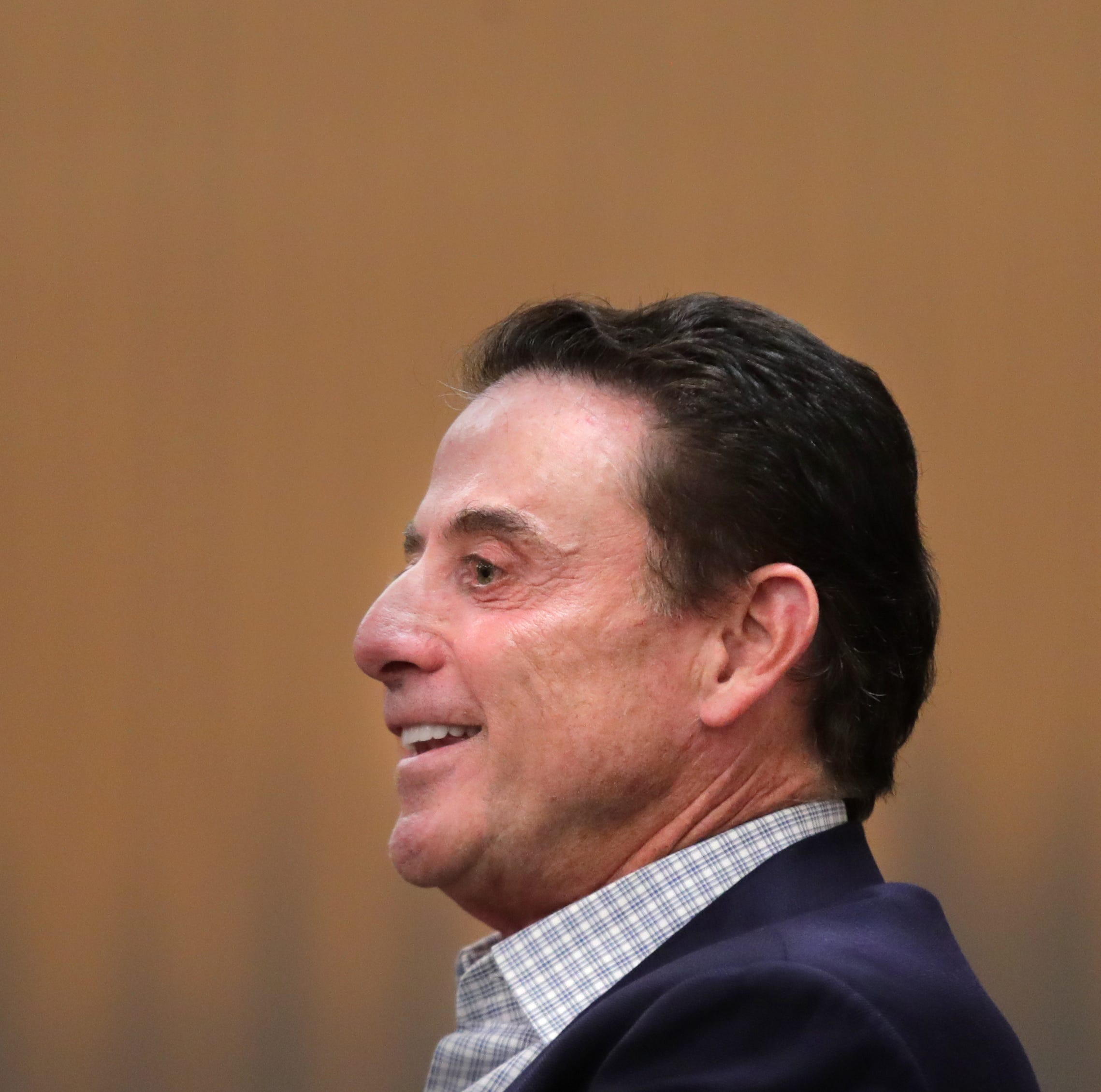 Judge orders Rick Pitino and University of Louisville to talk settlement
