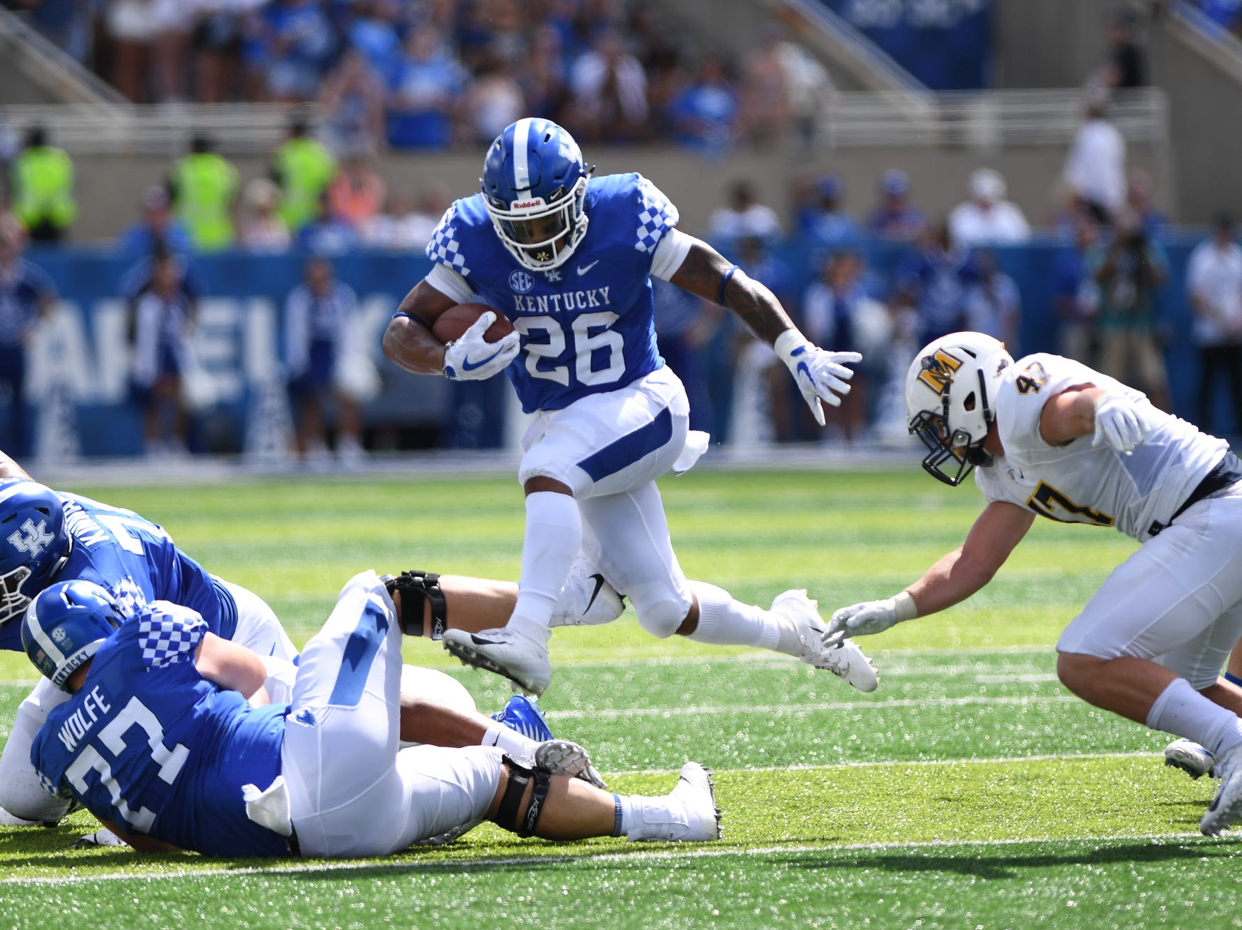 UK RB Benny Snell, Jr. runs the ball during the University of Kentucky football game against Murray State at Kroger Field in Lexington, Kentucky on Saturday, September 15, 2018.