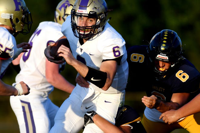 Fowlerville quarterback Geoff Knaggs ran 23 times for 103 yards and a touchdown in a 19-15 loss to Mason.