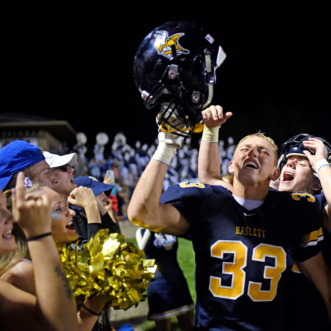 State prep football poll: Haslett, Lansing Catholic, Olivet, Ithaca rise in rankings
