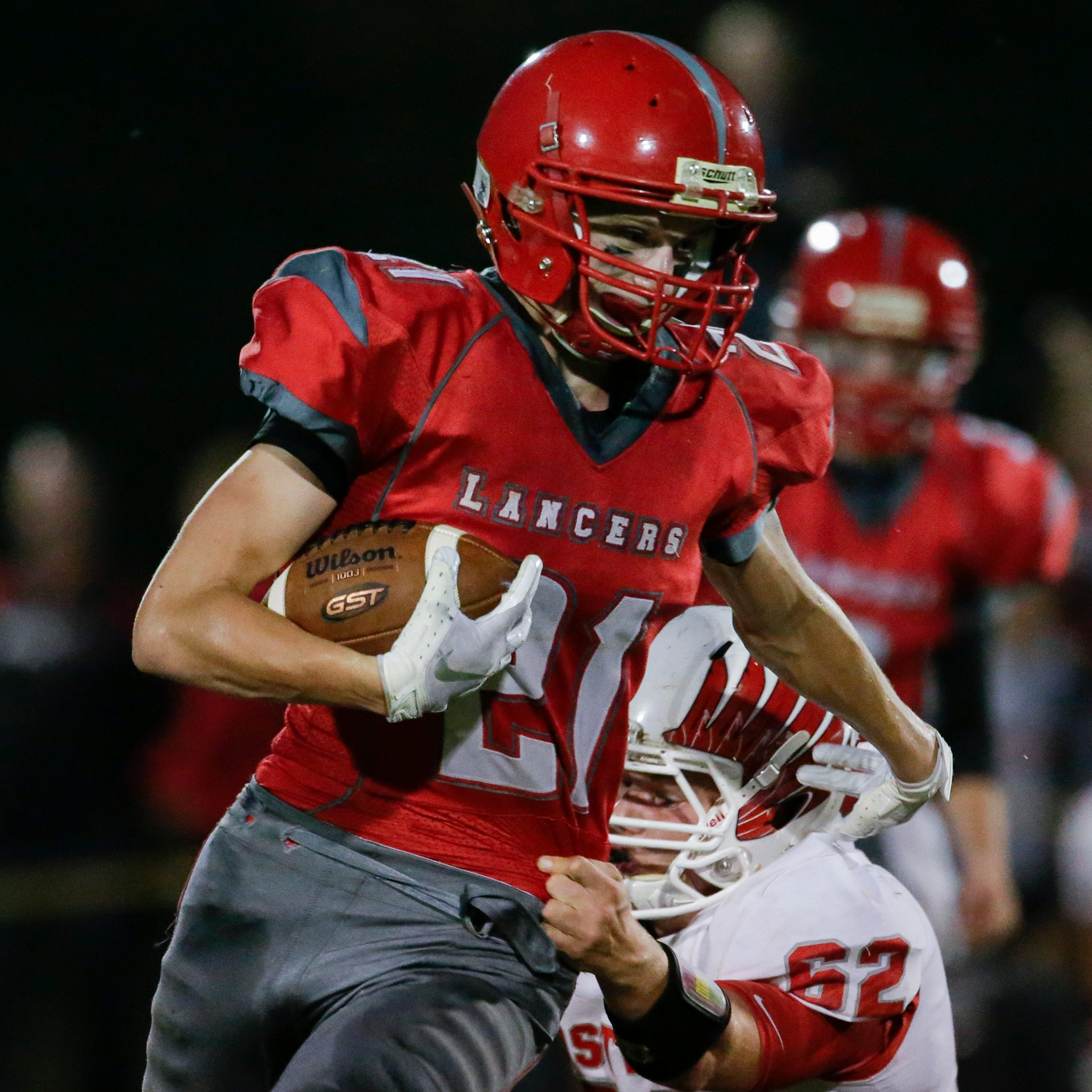 High school football: Lischka is lightning for Manitowoc Lutheran, Howards Grove stumbles