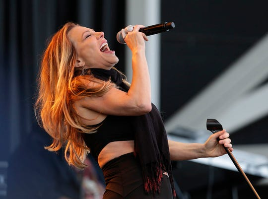 """Taylor Dayne will also perform at """"The Colors of Christmas"""" Milwaukee tour stop."""