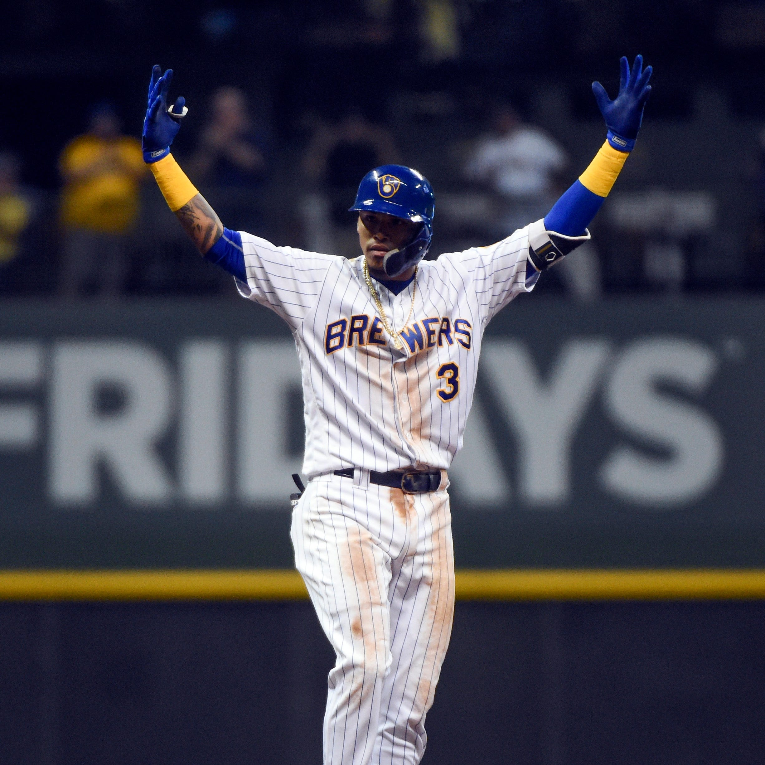 Brewers 7, Pirates 4: Orlando Arcia's two-run bunt double produces big cheers