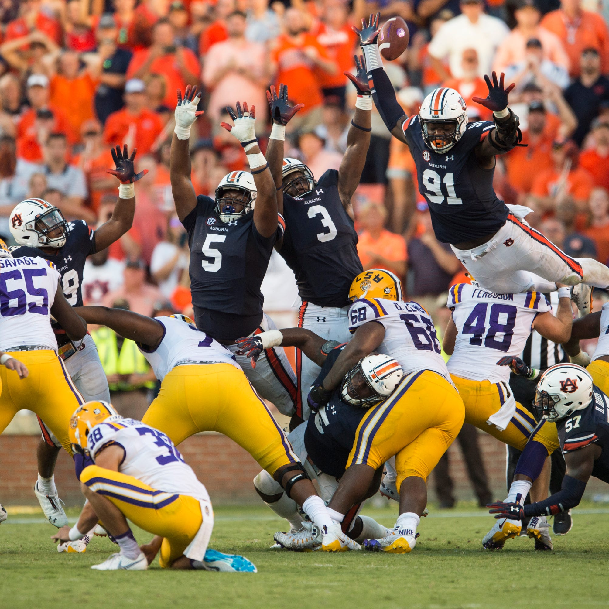 Oh, Coach O! LSU shocks No. 7 Auburn, 22-21, on 42-yard, walk-off field goal by Cole Tracy