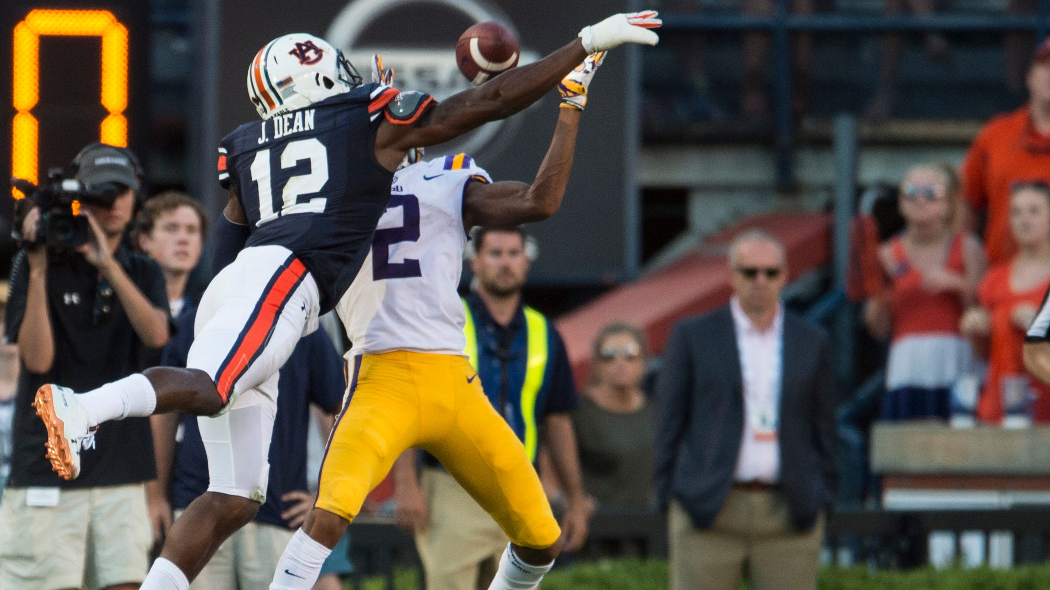 Auburn secondary drew flags in LSU loss, but is there a bigger problem on defense?