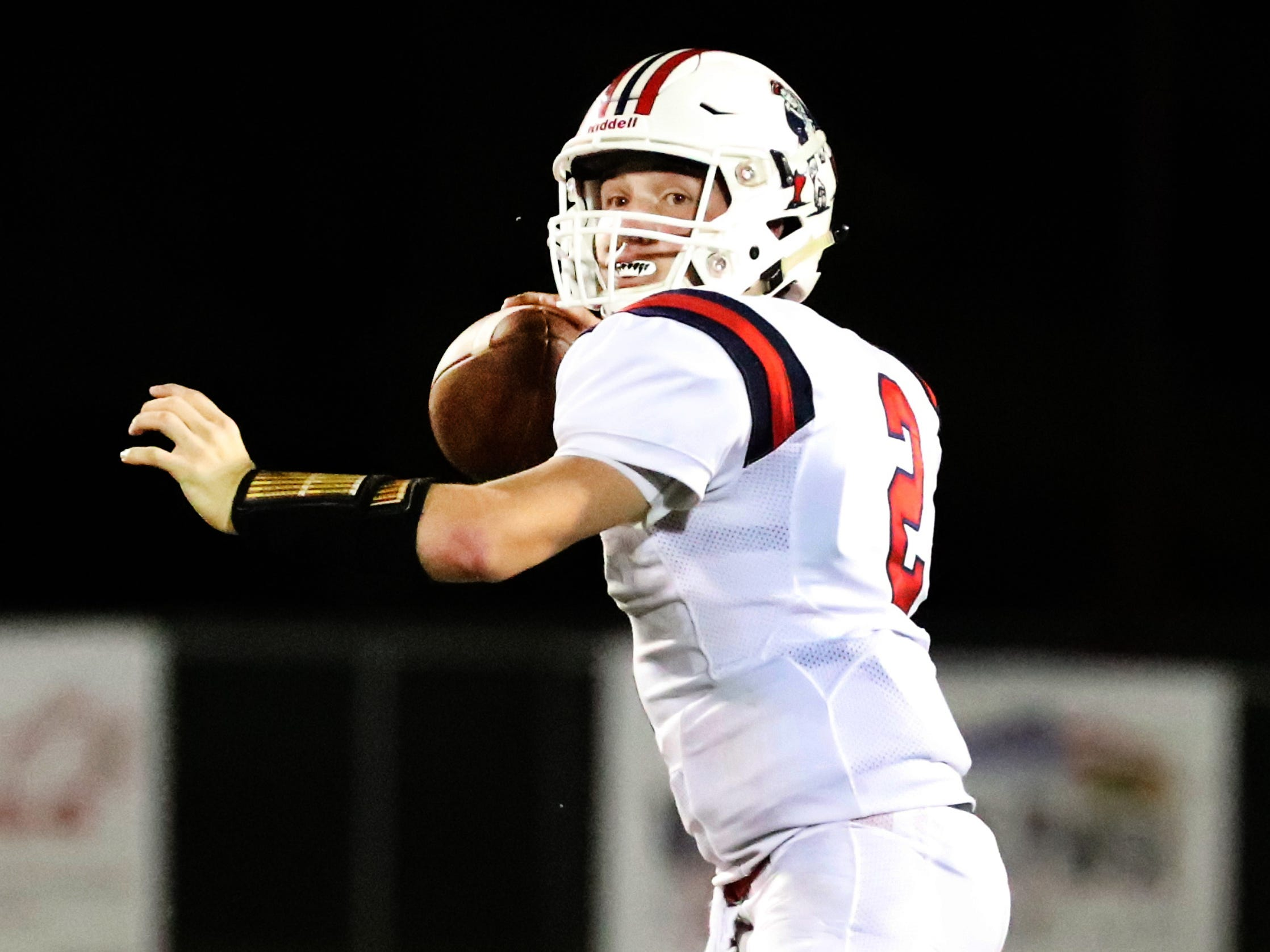 Oakland's quarterback Brevin Linnell (2) passes the ball against Riverdale during the Battle of the Boro on Friday, Sept. 14, 2018.