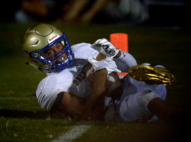 In eight games at Brentwood this season, Chayce Bishop made 27 catches for 377 yards and three touchdowns.