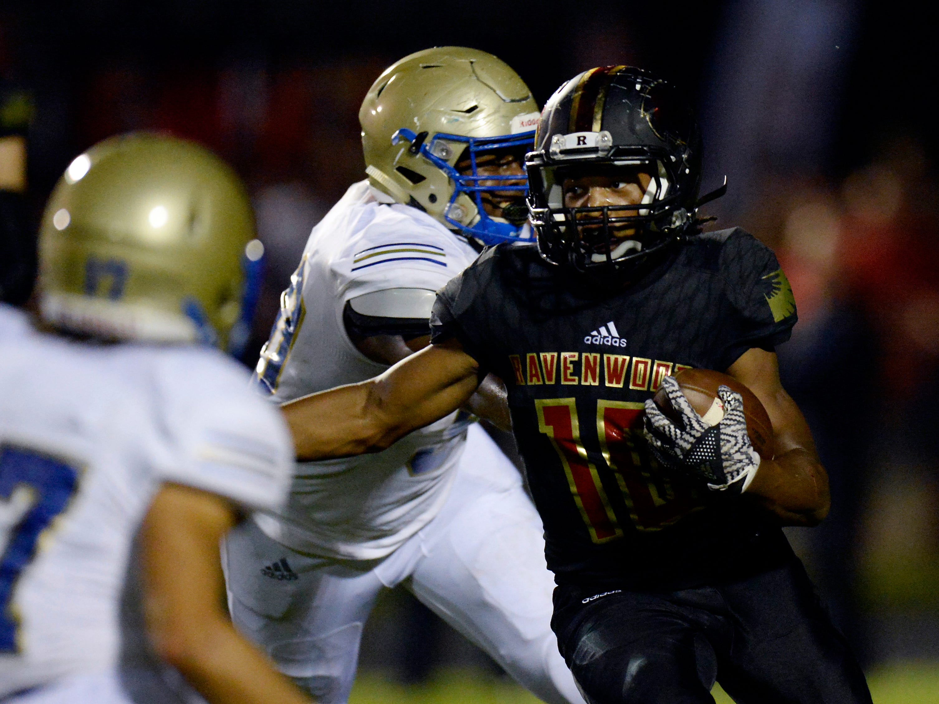 Ravenwood running back Tony Rice (10) runs the ball against Brentwood during the first half of an high school football game Friday, September 14, 2018, in Brentwood, Tenn.