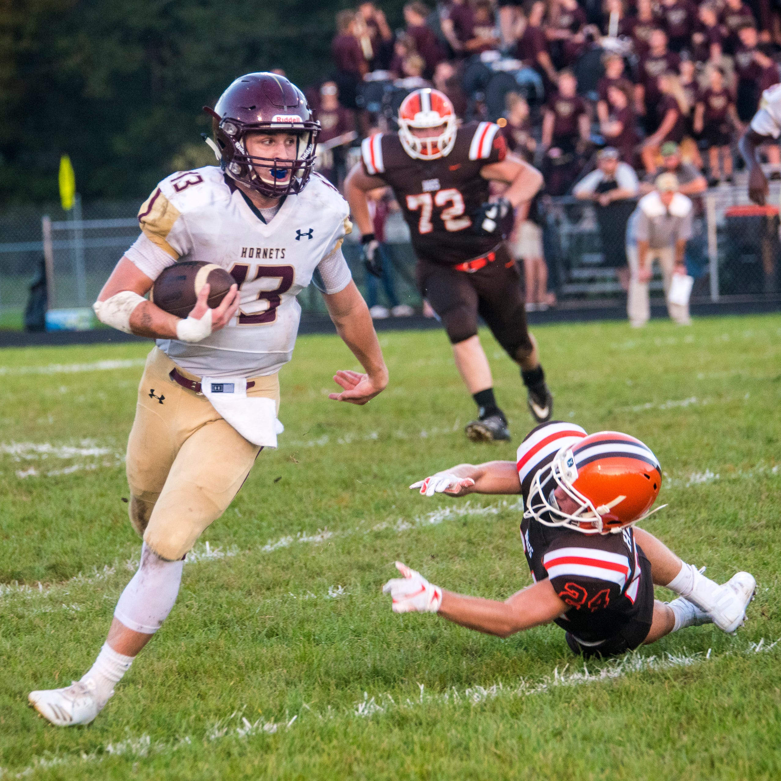 Roundup: Licking Heights pulls away from Heath