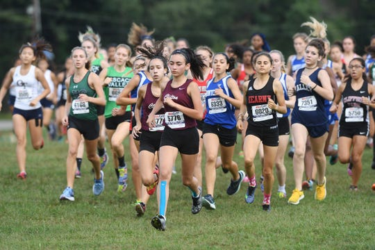 Garret Mountain Back To the Mountain meet on Saturday, September 15, 2018. Start of the first girls race.