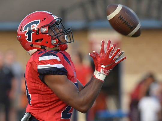Franklin's Julius Simmons catches the kickoff vs. Stevenson.