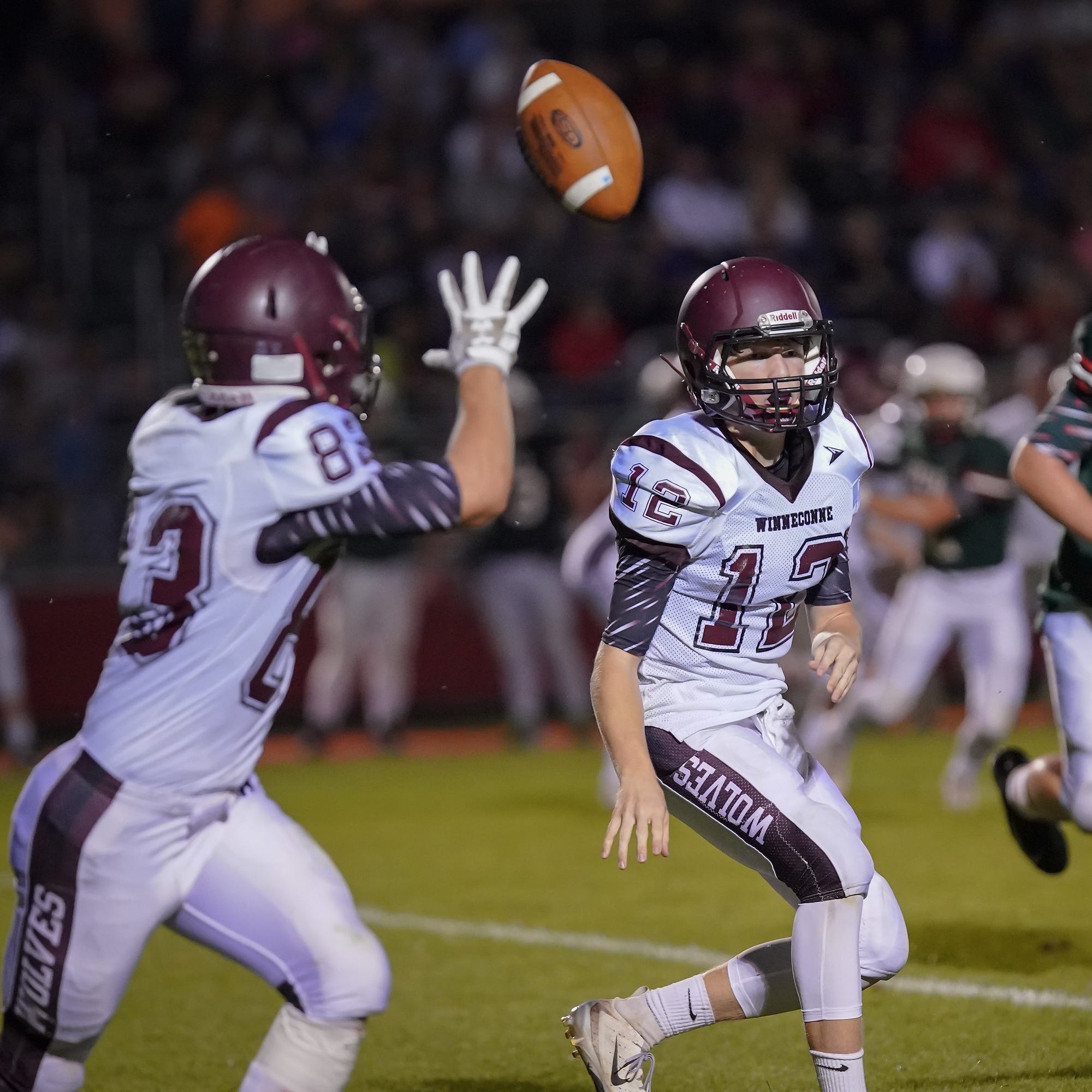 High school football: Conference rivals Berlin, Winneconne go down to final seconds