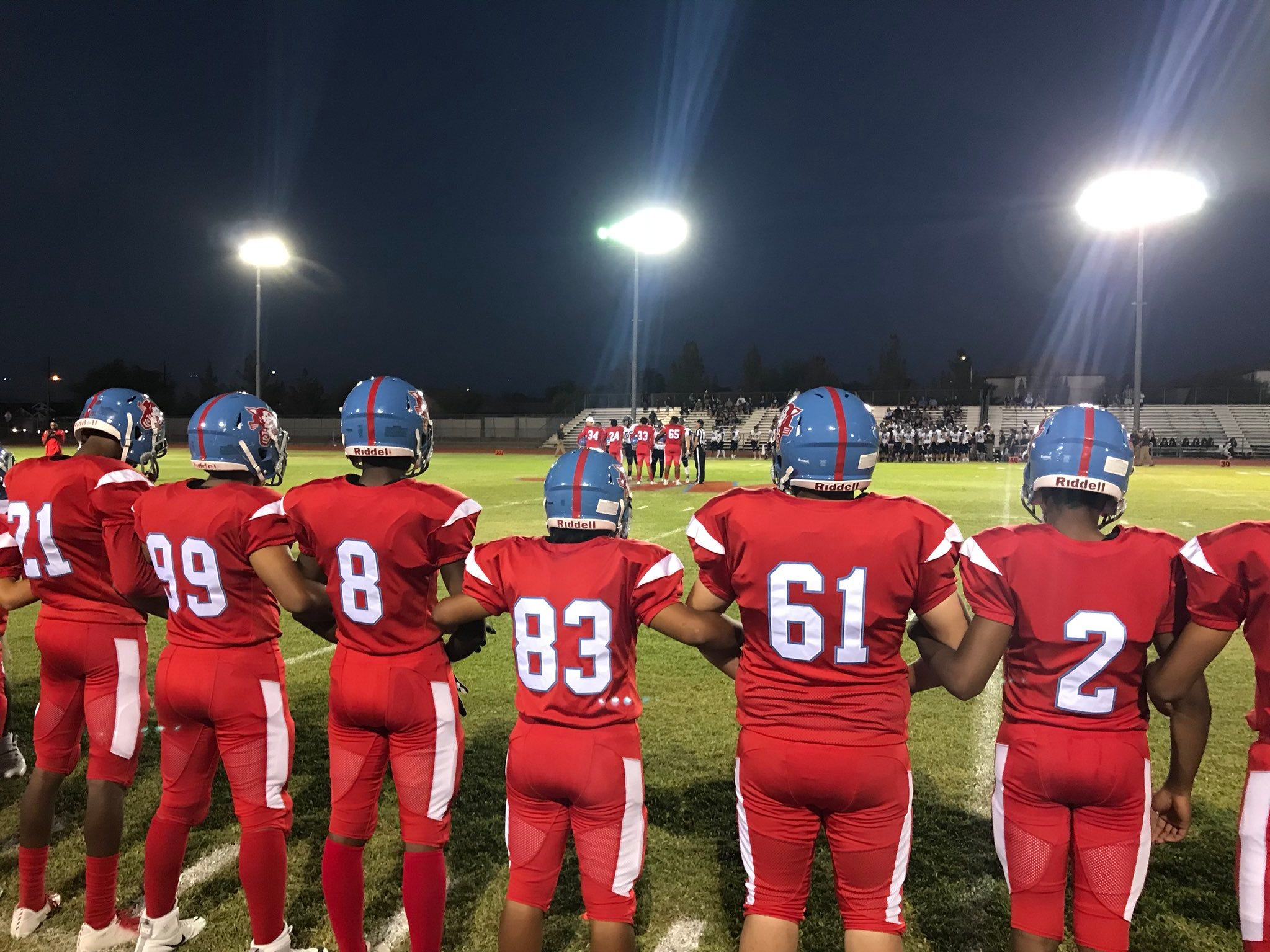 Phoenix South Mountain gets ready for its home game against Cave Creek Cactus Shadows on Friday, Sept. 14, 2018.