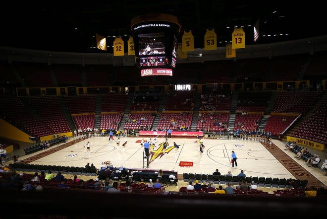 Arizona State volleyball won for the second time in eight days over a nationally ranked opponent Sunday.