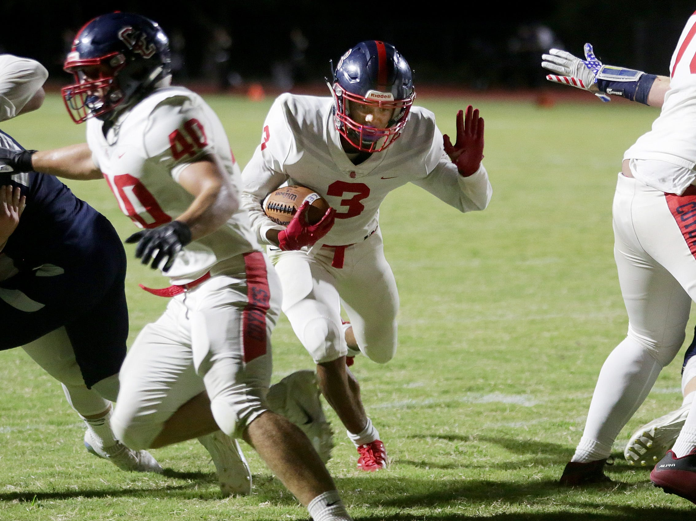 Peoria Centennial's Jaydin Young scores against Oro Valley Ironwood Ridge on Sept. 14, 2018, in Oro Valley, Ariz.