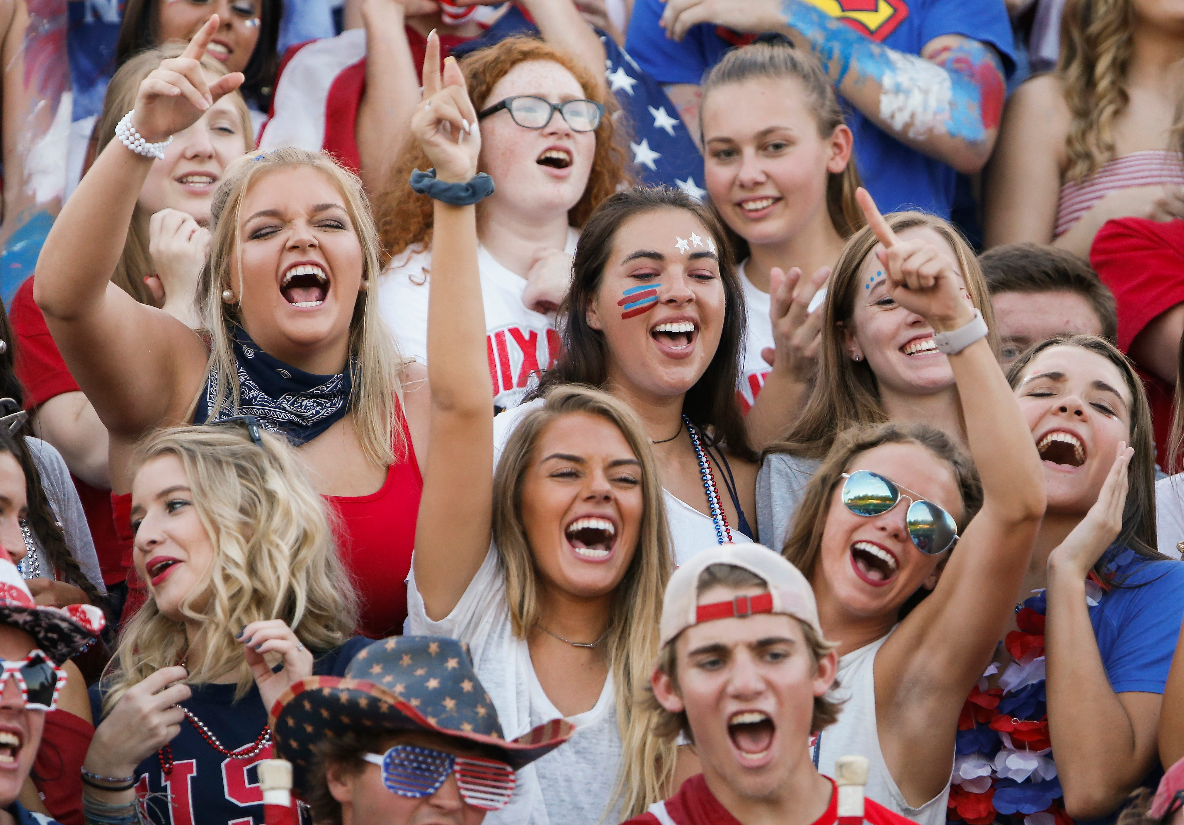 Ozark and Nixa faced off at Nixa High School for the Backyard Brawl on Friday, Sept. 14, 2018.