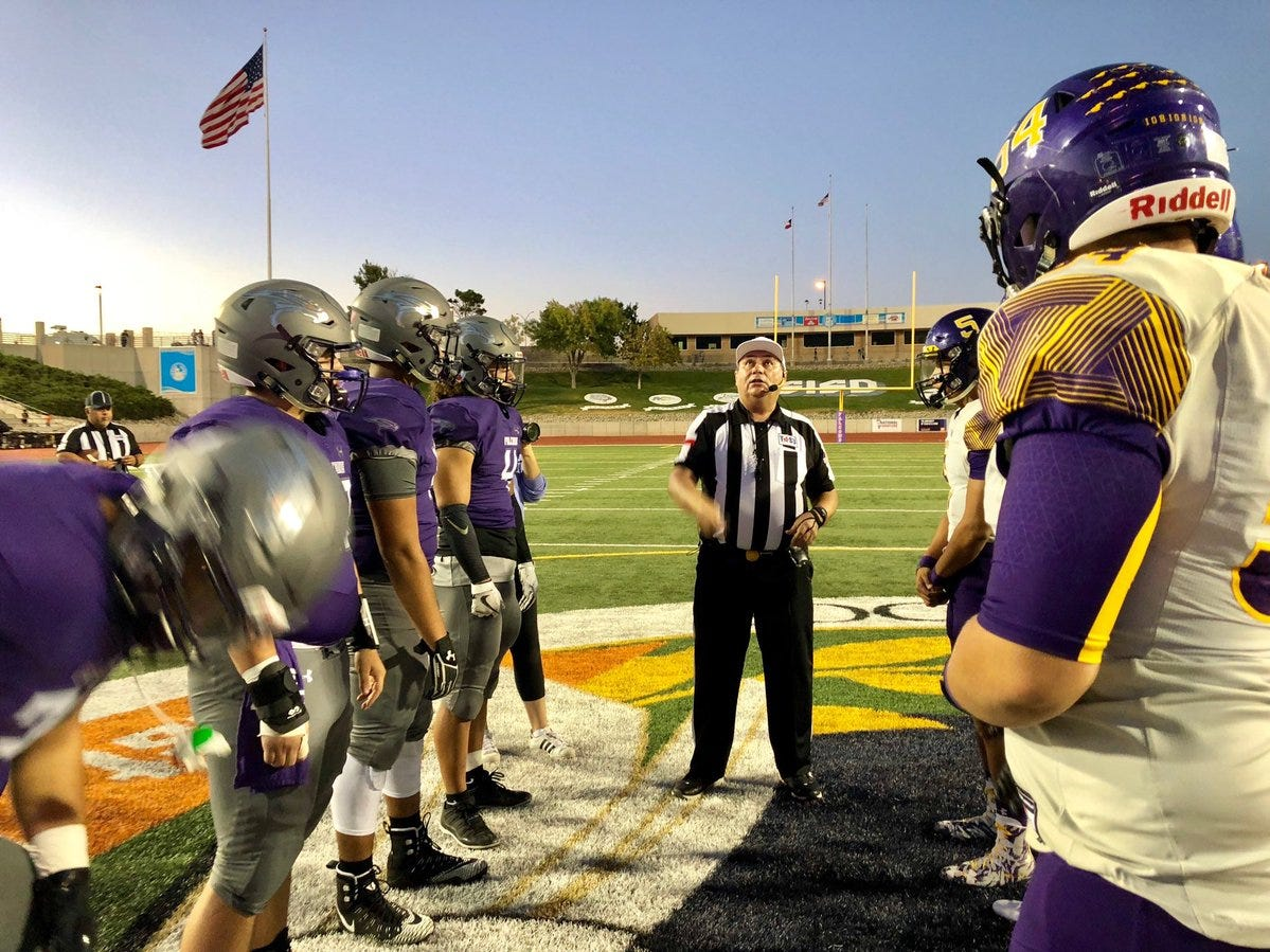 Burges wins the toss, defers to Eastlake Friday night in the SAC
