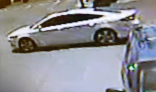 Suspect Vehicle Family Dollar Robbery 05272018