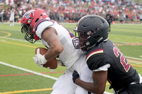 Iona Prep defeated Stepinac 36-34 in overtime in a varsity football game at Iona Prep in New Rochelle Sept. 15, 2018.