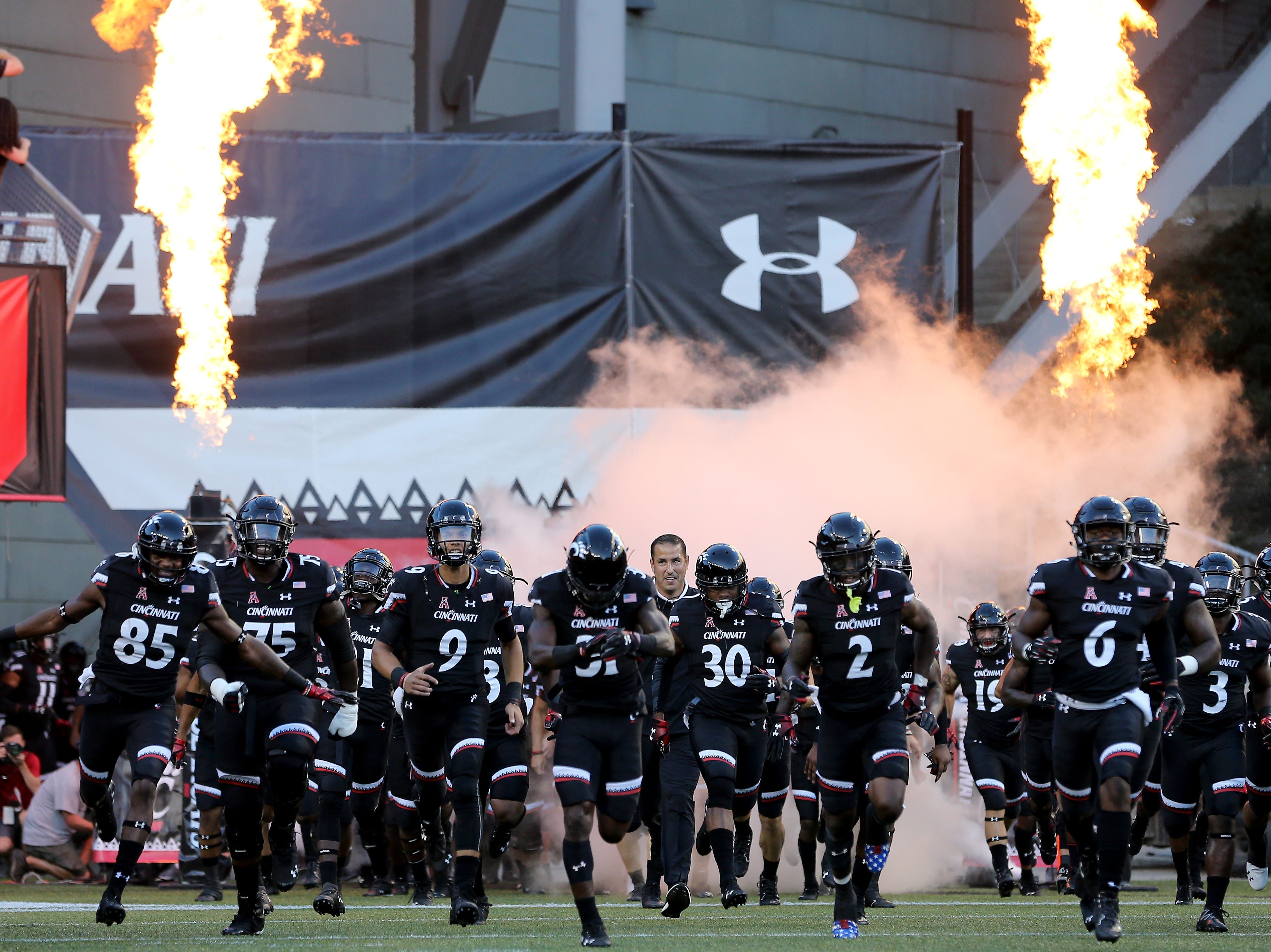 The Cincinnati Bearcats take the field before the a college football game between the Cincinnati Bearcats and the Alabama A&M Bulldogs, Saturday, Sept. 15, 2018, at Nippert Stadium in Cincinnati.