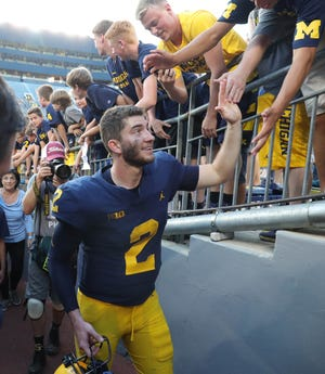 Shea Patterson will try to lead Michigan to a 1-0 start in the Big Ten.
