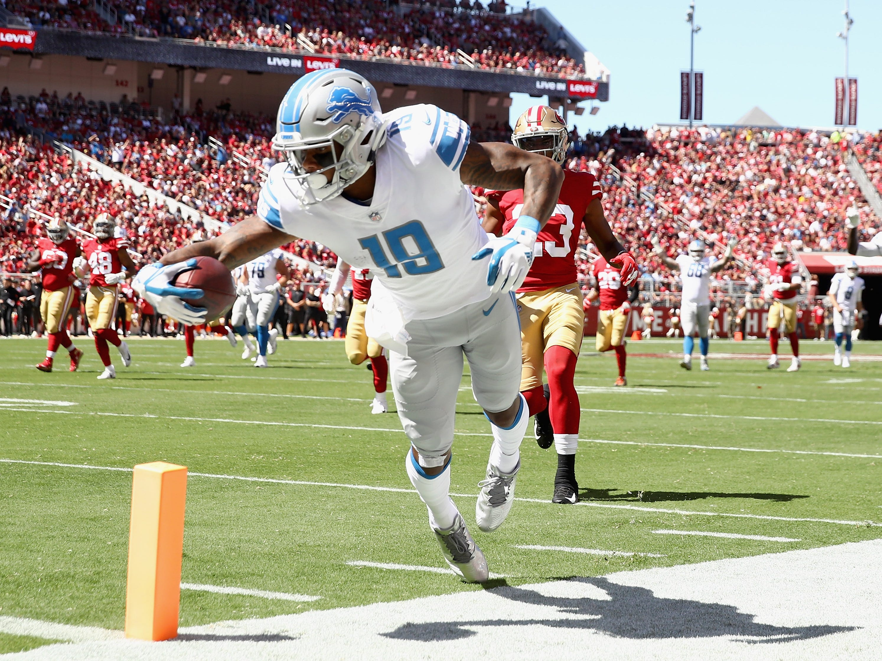 Lions' Kenny Golladay s dives in for a touchdown against the San Francisco 49ers.