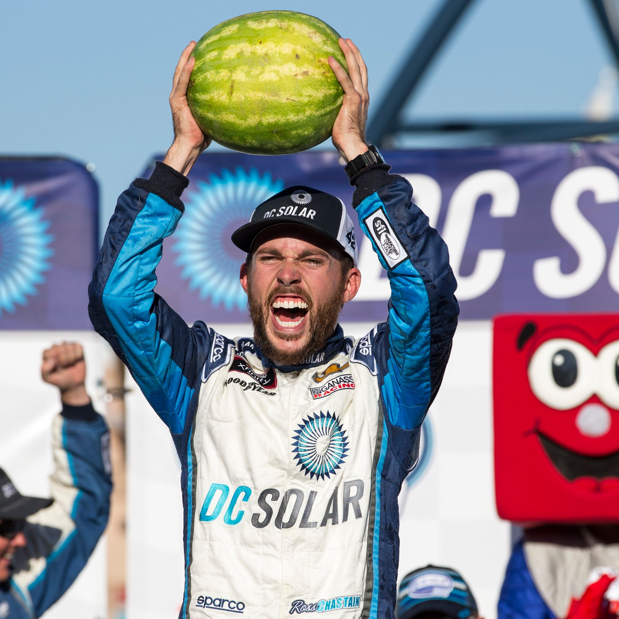 Saturday's motors: Chastain earns first Xfinity win