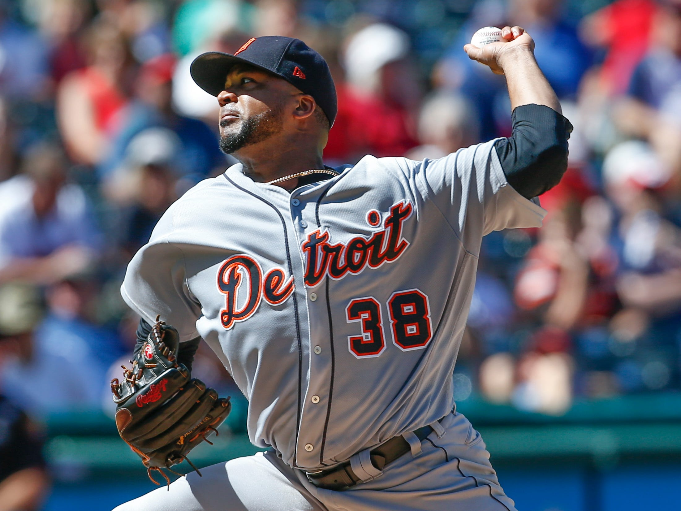 Detroit Tigers starting pitcher Francisco Liriano delivers against the Cleveland Indians during the second inning.