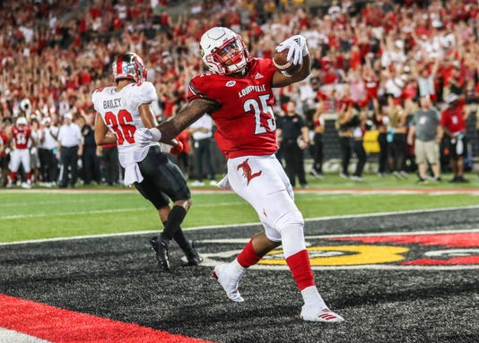 Louisville Escapes Disaster Beats Western Kentucky 20 17