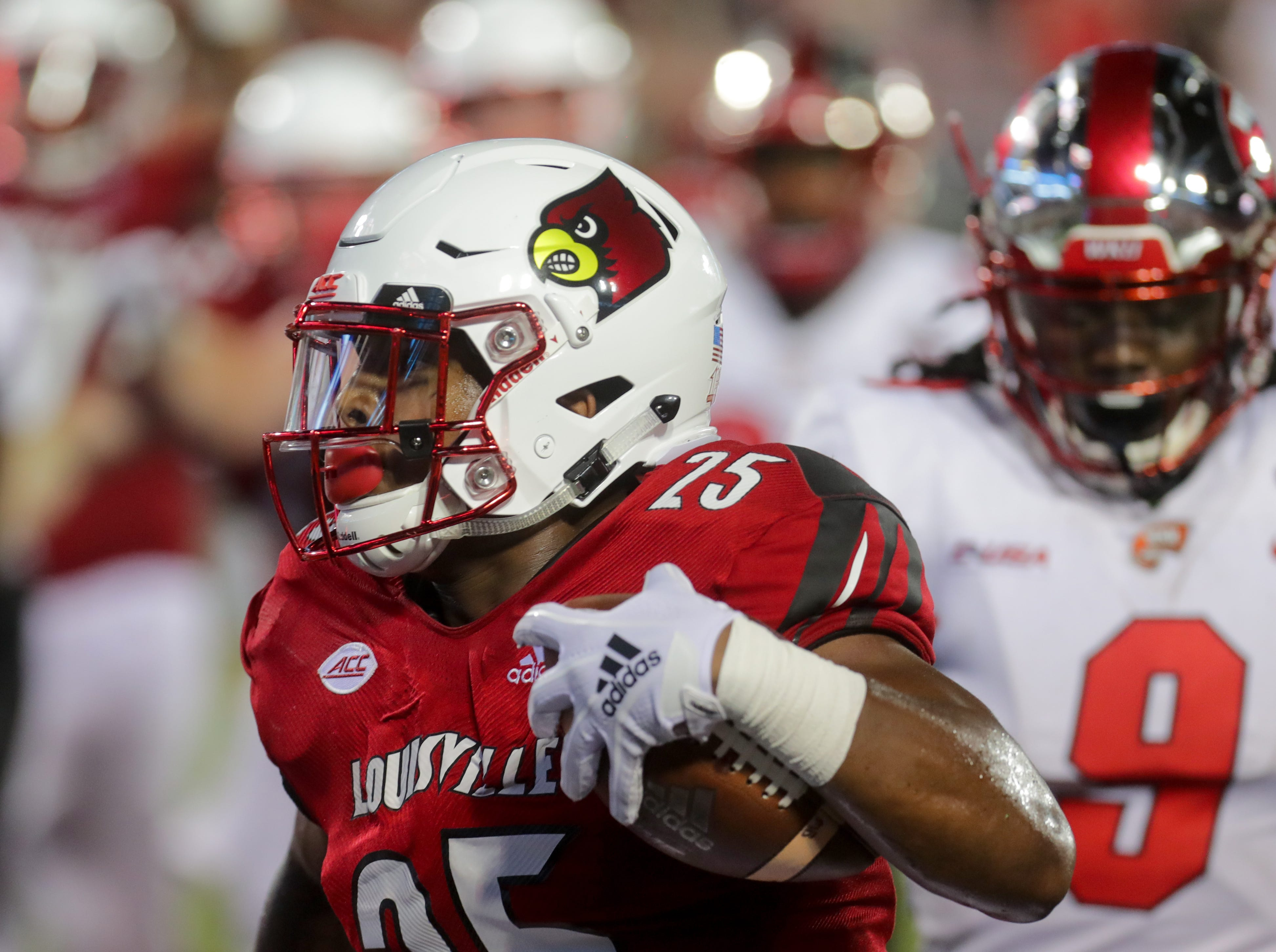 Louisville's Dae Williams scores his first touchdown of the night. 